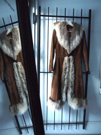 Gorgeous Rare 1970s Elegant Paris Boho Chic Fur Trimmed Francoise Hardy Ultimate Long Almost Famous Festival Brushed Velvet Coat