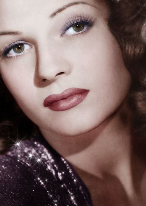 Rita Hayworth - Goddess of Beauty- The Eye of Faith {Vintage}