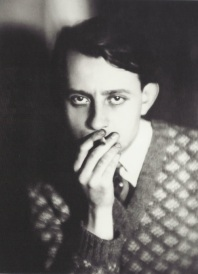 Germaine Krull- André Malraux, vers 1930- MALE STYLE ICON TO THE MAX- MENS FALL INSPIRATION- THE EYE OF FAITH VINTAGE- SWEATER WEATHER 1