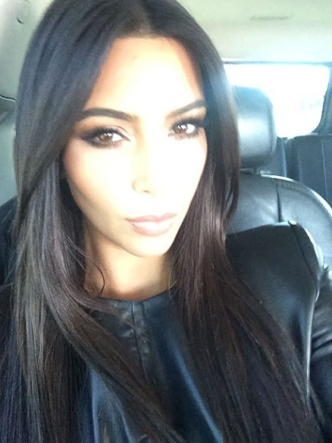 KIM K - SELFIE CENTERED - THE EYE OF FAITH VINTAGE BLOG