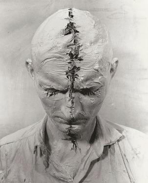self portrait-Gunter Brus-1964-efof selfie cetered-vintage blog