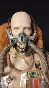 Mad-Max-Fury-Road-Immortan-Joe-Display-Mask
