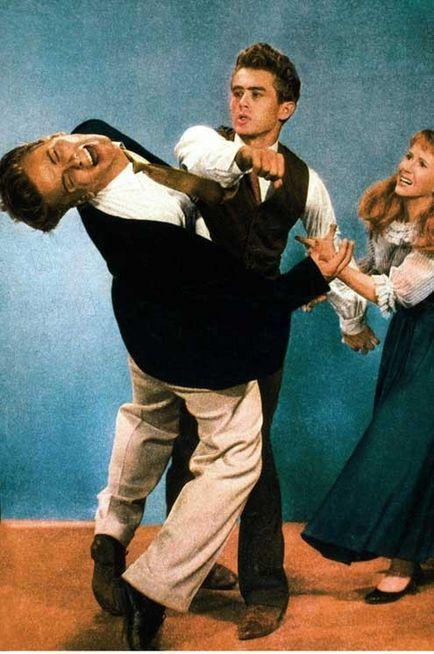 STYLE IDOL- RICHARD DAVALOS- R.I.P.- THE EYE OF FAITH {VINTAGE} - James Dean Throws a Punch
