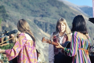 joni mitchell- the eye of faith vintage clothing and lifestyle blog shop- mini style idol5
