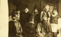 25 WEIRD CREEPY HALLOWEEN COSTUMES PHOTOS- THE EYE OF FAITH VINTAGE BLOG 15