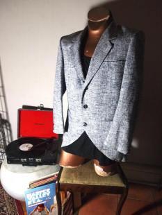 The Eye of Faith {Vintage} Blog Shop - Mens Vintage GIVENCHY Grey Barley Tweed Chic Sophisticated Playboy Party Fashion Blazer- 1