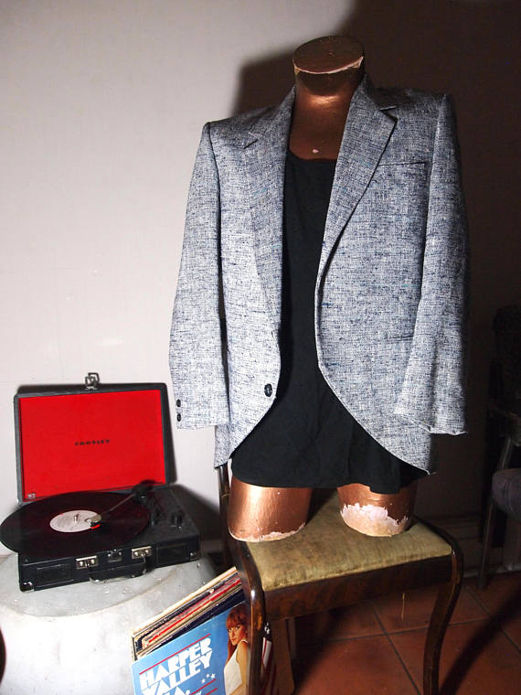 The Eye of Faith Vintage Blog Shop- Bad and Boujee- Chic Mens Vintage 1980s GIVENCHY Barley Tweed Party Blazer