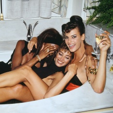 PARTY PEOPLE- THE EYE OF FAITH VINTAGE STYLE BLOG- Party is Turnt When You End Up in the Bathtub