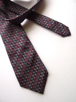 The Eye of Faith Vintage Blog Shop- Style Inspiration- Shy Guy 1947- Graphic Tie