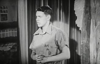 the eye of faith vintage blog shop- style inspiration- vintage 1940s educational psa- self-conscious guy - 1951-4