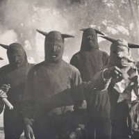 {PHOTOBLAST} +LAVARTUS PRODEO+ I wear a mask . . .