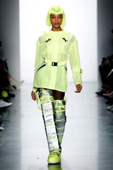 The Eye of Faith Vintage Blog Shop - Style Inspiration - Retro Future 90s Fashion- Jeremy Scott AW 2018- 2