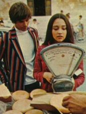 The Eye of Faith Vintage Blog Shop- Style Inspiration- Romeo and Juliet- Olivia Hussey Leonard Whiting - 1967 1968 mod fashion stars 10