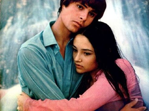 The Eye of Faith Vintage Blog Shop- Style Inspiration- Romeo and Juliet- Olivia Hussey Leonard Whiting - 1967 1968 mod fashion stars 15