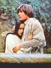 The Eye of Faith Vintage Blog Shop- Style Inspiration- Romeo and Juliet- Olivia Hussey Leonard Whiting - 1967 1968 Zefferilli Film- Romeo Style Fashion 15