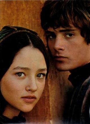 The Eye of Faith Vintage Blog Shop- Style Inspiration- Romeo and Juliet- Olivia Hussey Leonard Whiting - 1967 1968 Zefferilli Film- Romeo Style Fashion 3 1111