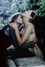The Eye of Faith Vintage Blog Shop- Style Inspiration- Romeo and Juliet- Olivia Hussey Leonard Whiting - 1967 1968 Zefferilli Film- Romeo Style Fashion 3 13333- epic kiss
