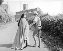 The Eye of Faith Vintage Blog Shop- Style Inspiration- Romeo and Juliet- Olivia Hussey Leonard Whiting - 1967 1968 Zefferilli Film- Romeo Style Fashion 3