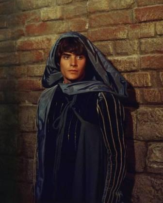 The Eye of Faith Vintage Blog Shop- Style Inspiration- Romeo and Juliet- Olivia Hussey Leonard Whiting - 1967 1968 Zefferilli Film- Romeo Style Fashion 4