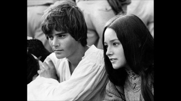 The Eye of Faith Vintage Blog Shop- Style Inspiration- Romeo and Juliet- Olivia Hussey Leonard Whiting - 1967 1968 Zefferilli Film- Romeo Style Fashion 6