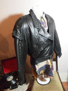 The Eye of Faith Vintage Blog Shop- Style Inspiration- Romeo and Juliet-Romeo Mens Fashion Clothing- Medieval Inspired Black Leather Bomber Jacket