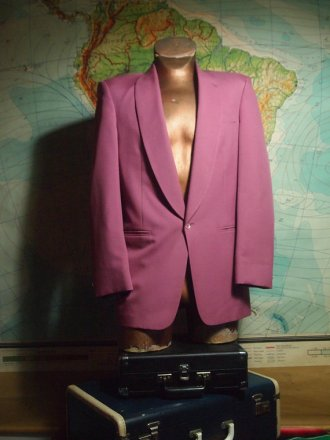 The Eye of Faith Vintage Blog Shop- Style Inspiration- Romeo and Juliet-Romeo Mens Fashion Clothing- Miami Vice Pastel Blazer