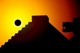 The Eye of Faith Vintage Blog Shop-Music Minute-Soundgarden-Black Hole Sun-aztec