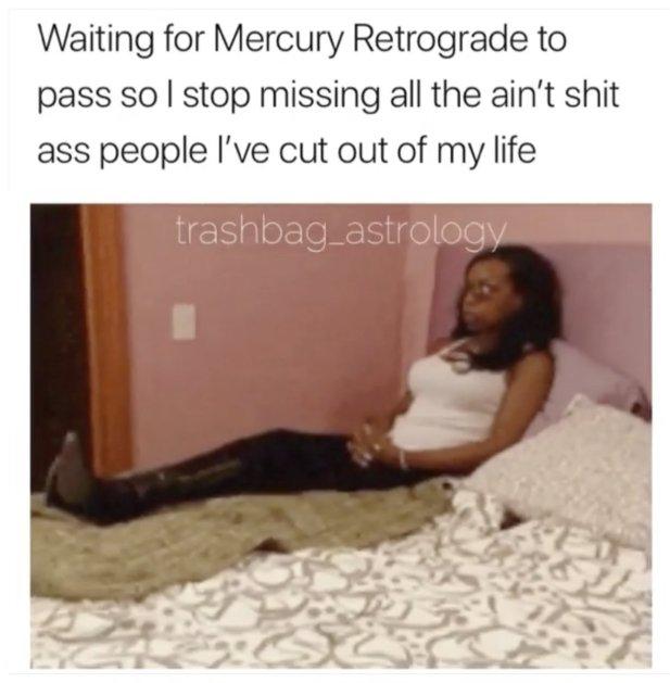 The Eye of Vintage Blog Shop-Mercury Retrograde 2019-sitting pretty